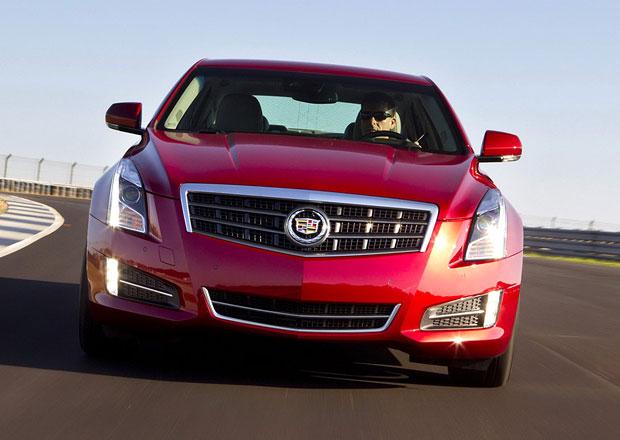 Cadillac ATS Coup�: Americk� soupe� BMW �ady 4 se uk�e v Detroitu