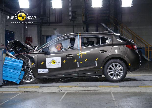 Euro NCAP 2013: Mazda 3 � Podruh� s pln�m po�tem hv�zd