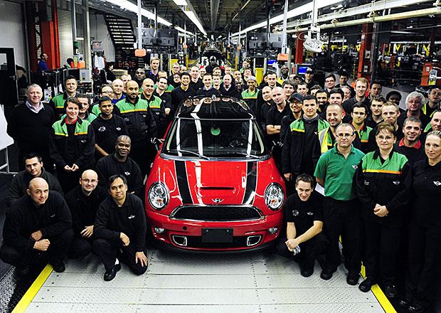 Mini ukončilo výrobu druhé generace svého hatchbacku