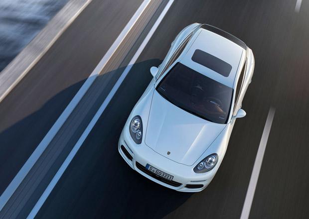 Porsche Panamera S E-Hybrid má státní dotaci a může zdarma do Londýna