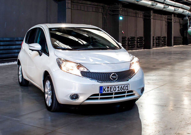 Nissan Note je o 40.000 Kč levnější, stojí od 229.900 korun