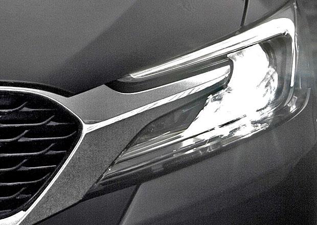 Citro�n l�k� prvn�mi fotkami na nov� model DS4 Sedan
