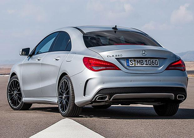Souboj prémie: Mercedes-Benz v listopadu překonal Audi