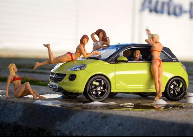 Opel Adam: nové laky představují modýlky a figurky