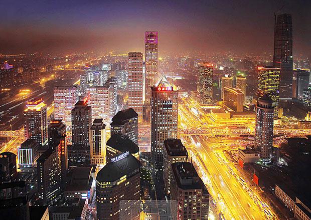 Další čínské město omezuje prodej nových vozů kvůli znečištění