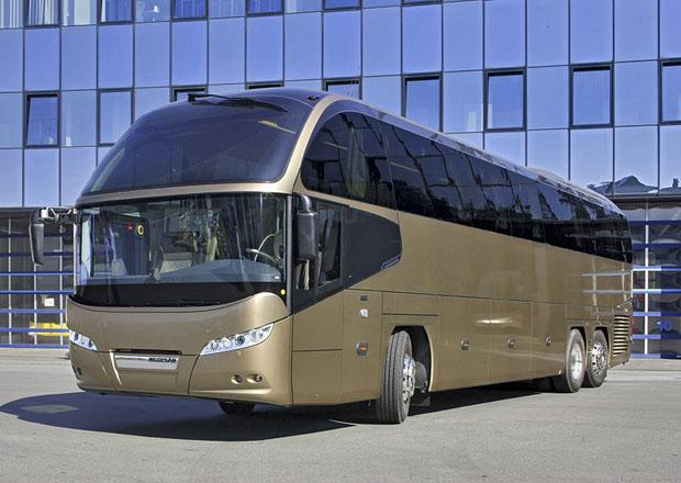 Neoplan Cityliner Euro 6 dos�hl extr�mn� n�zk� spot�eby paliva (video)