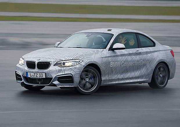 Video: BMW M235i umí samo driftovat