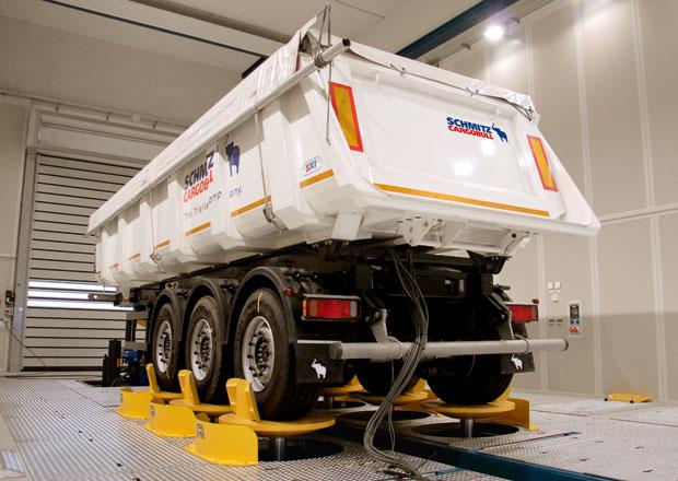 Sklápěcí technika: Schmitz Cargobull - Široký záběr