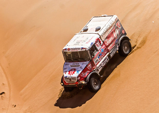 Dakar 2014: 11. etapa – Coma vládcem motorkářů, čtyři Mini na čele