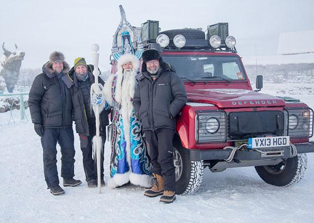 Land Rover Defender zdolal pól chladu