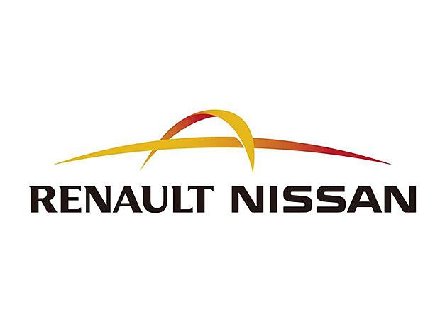Renault a Nissan jednají o úplném sloučení