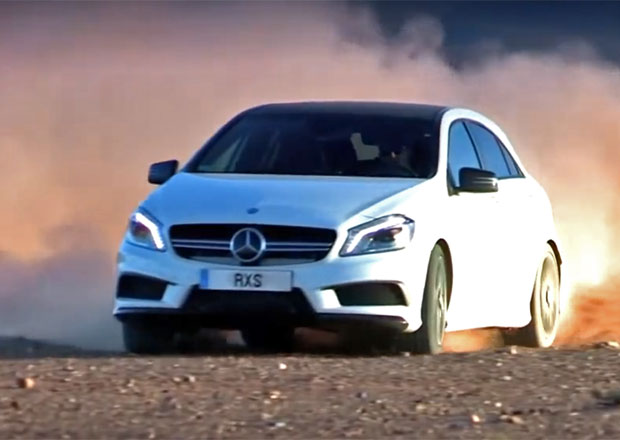 Video: Mercedes-Benz A 45 AMG se terénu nebojí