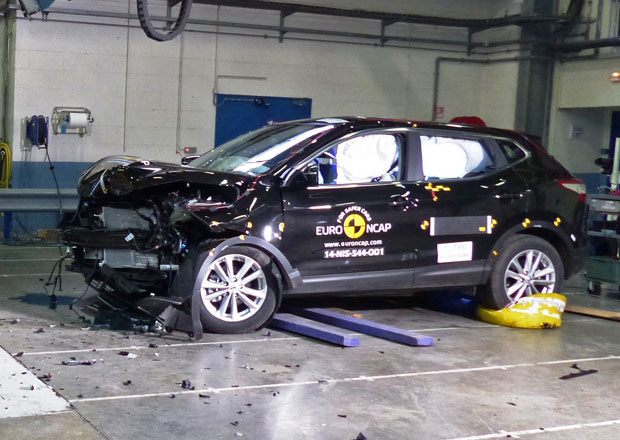 Euro NCAP 2014: Nissan Qashqai – S plným počtem hvězd