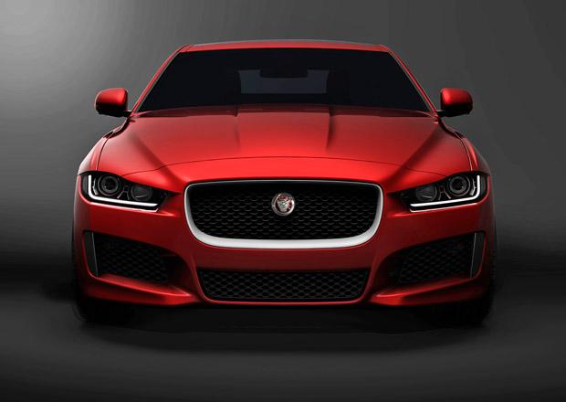 Jaguar XE s novou platformou a čtyřválci přijede ještě letos