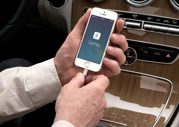Mercedes-Benz a Volvo zavedou do sv�ch voz� Apple CarPlay