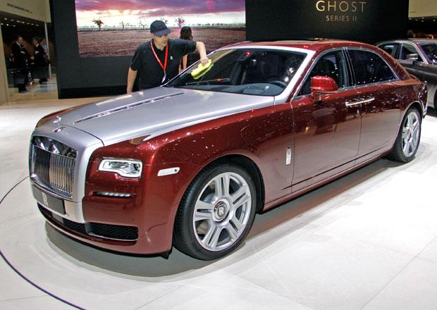 Rolls-Royce Ghost Series II: Duch na plastice