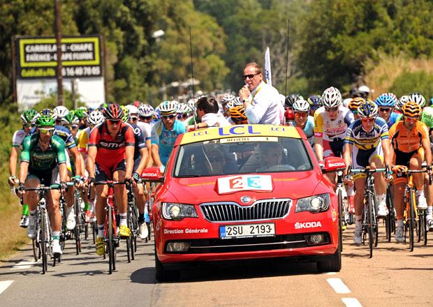 Škoda bude oficiálním partnerem Tour de France až do roku 2018
