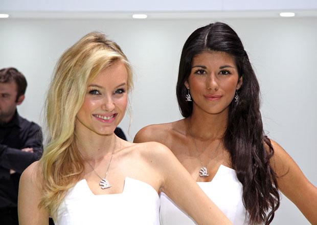 Video: Ženeva 2014 a krásné modelky