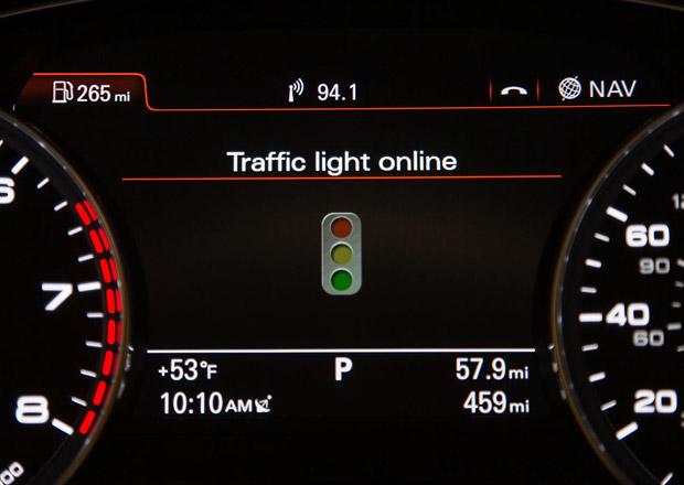 Audi: Nový systém pozná zelenou na semaforu, ušetří tím palivo