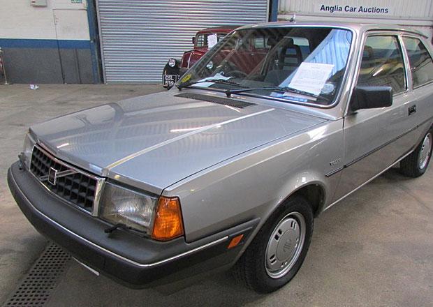 Volvo 340 z roku 1987 může mít najeto pouhých 212 kilometrů