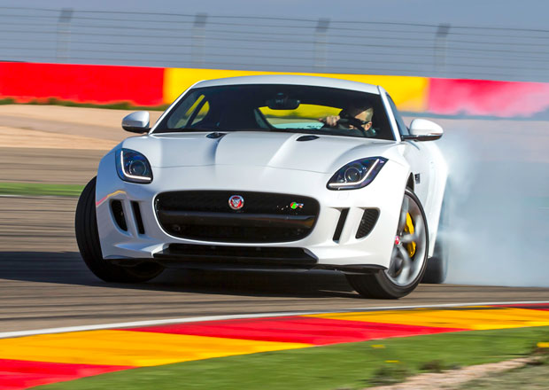 Jaguar F-Type Coupé: První jízdní dojmy