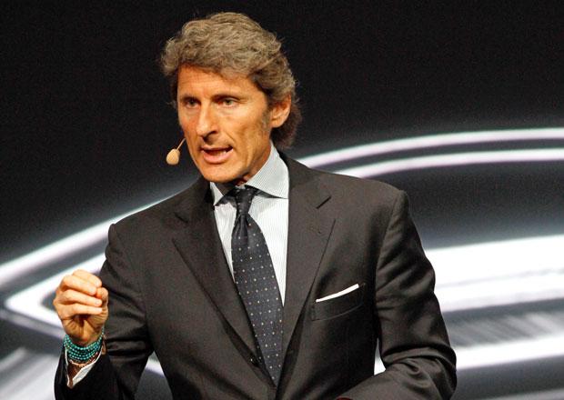 ��f Lamborghini nazna�uje mo�nost v�roby mimo It�lii