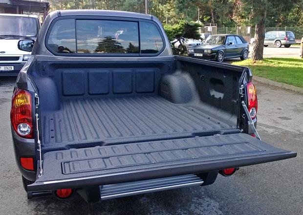 Ochrana nákladového prostoru pick-upů: Line-x