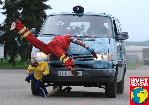 Crashtesty na živo: V rychlosti 50 km/h jsme srazili chodce, nepřežil