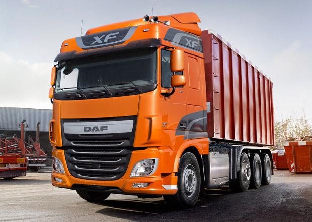 DAF uvádí nové čtyřnápravové modely XF a CF Euro 6