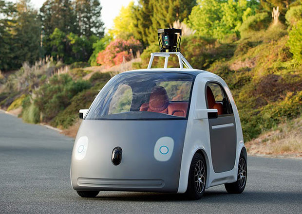 Robot v autech Googlu by prý mohl splňovat definici řidiče