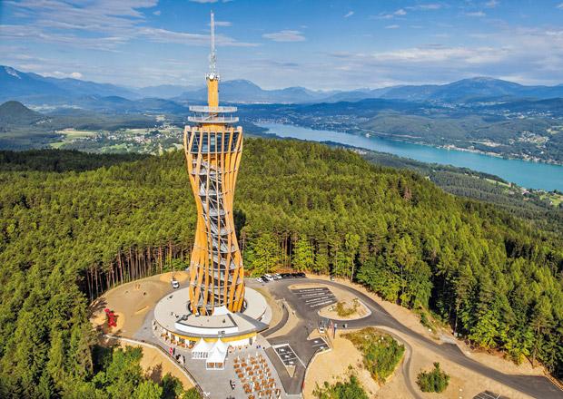 Korutany: Nejvyšší dřevěná rozhledna světa a její panorama