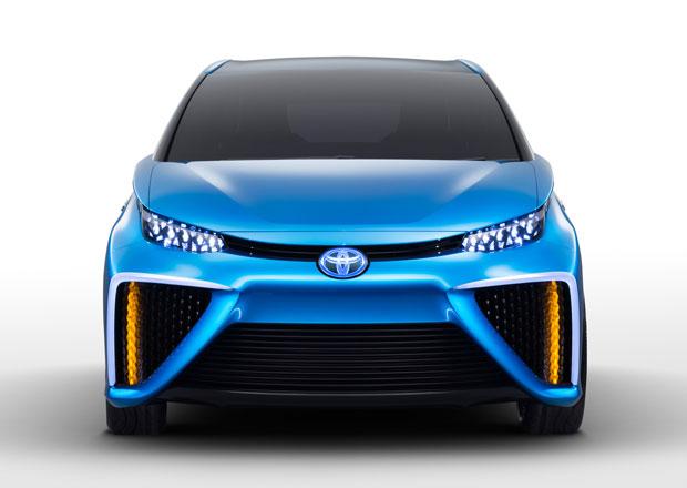 Sériové Toyoty s palivovými články do konce roku