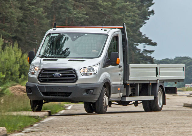 Ford Transit a jeho tvrd� testov�n� (+video)