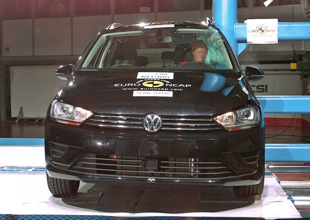 Euro NCAP 2014: Volkswagen Golf Sportsvan – 5 hvězd pro nástupce Plusu