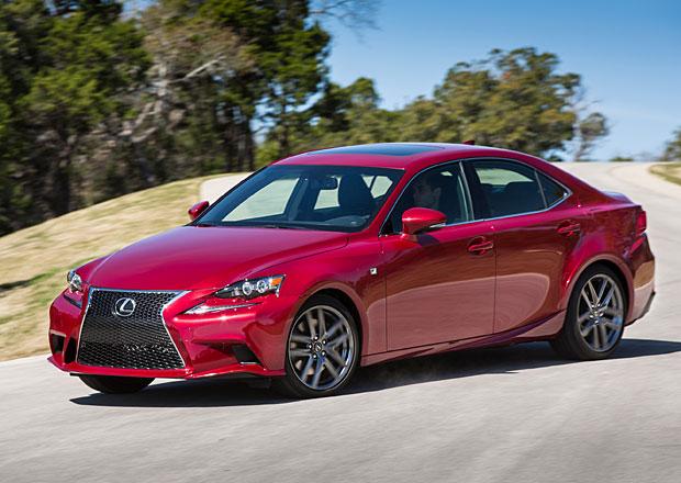 Lexus IS 2015: Třetí generace sportovního sedanu se změnami