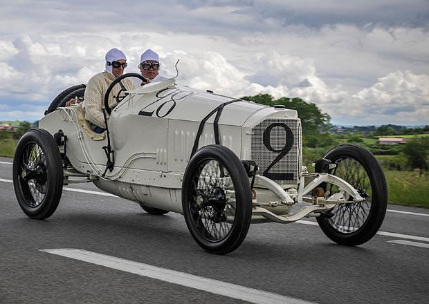 Mercedes-Benz si připomíná 100 let od slavného vítězství v Lyonu