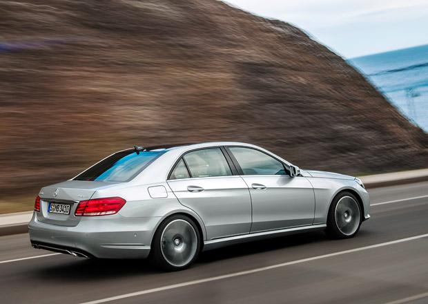 Mercedes pracuje na řadových šestiválcích, objeví se s novou třídou E
