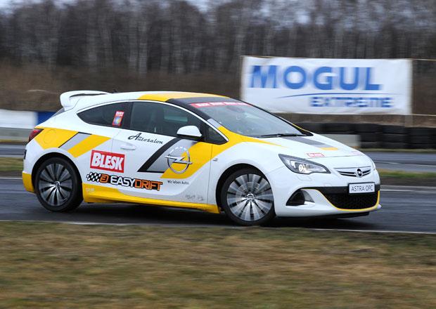 Soutěž v driftování, 17. kolo: Vítěz získá Opel Astra OPC