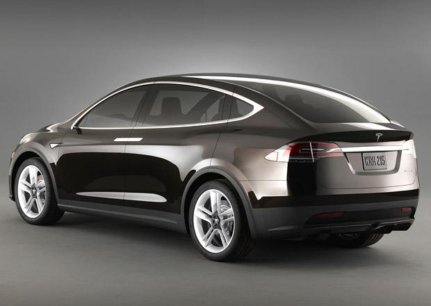 Tesla Motors zastavuje výrobu