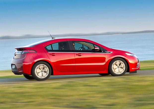 Nástupce Opelu Ampera přijde, ale bude to elektromobil