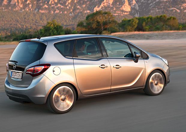 �esk� trh v �ervenci 2014: V�razn� n�r�st hl�s� Opel a Dacia