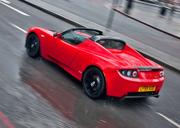 Druhá generace Tesly Roadster přijde v roce 2017