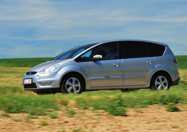 Ojetý Ford S-Max: Turbodiesel 2.0 TDCI je sázka na jistotu
