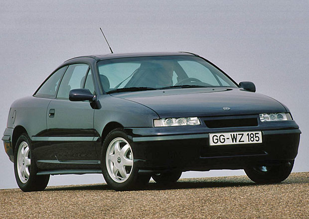 Opel Calibra: Aerodynamické kupé s bleskem slaví 25 let