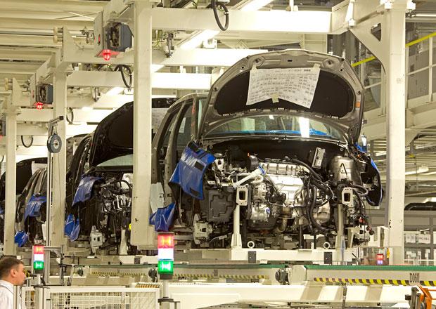 Automobilka Škoda na dva týdny přerušila výrobu v Rusku