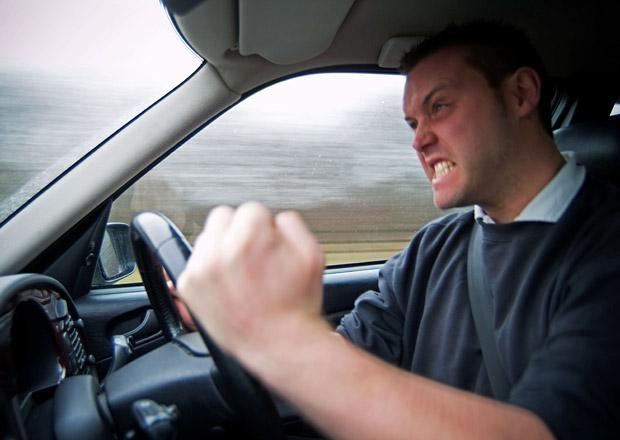 Čeští řidiči jsou třetí nejagresivnější na světě