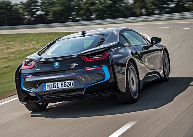 BMW i8: Ostřejší a výkonnější verze nakonec bude (?)