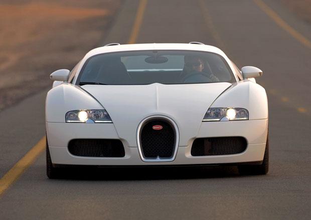 Průměrný majitel Veyronu má 84 jiných vozů, tři tryskáče a jachtu