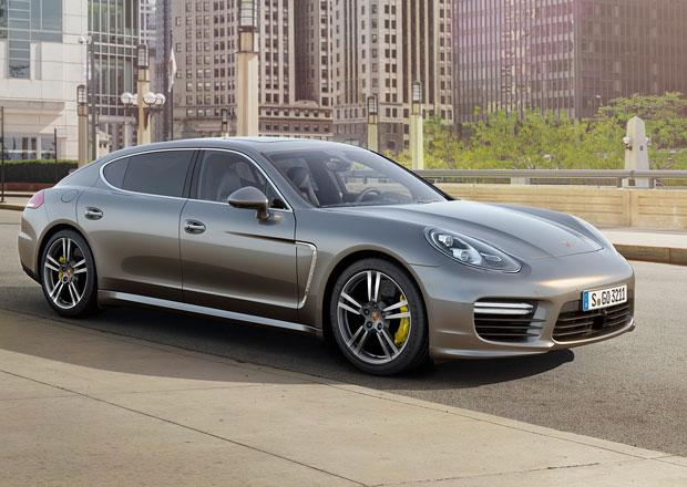 Je to oficiální: Porsche Panamera není hezké