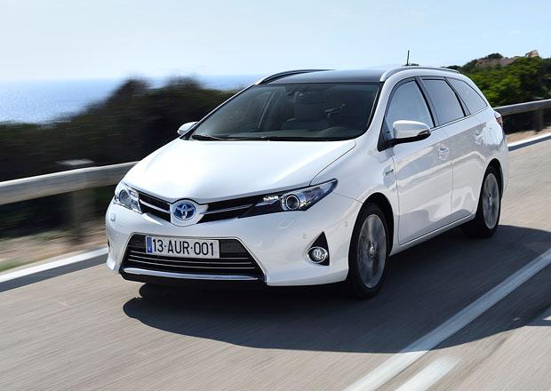 Toyota svolává ke kontrole 1,7 milionu vozů